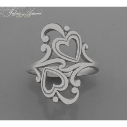 Ażurowy pierścień...