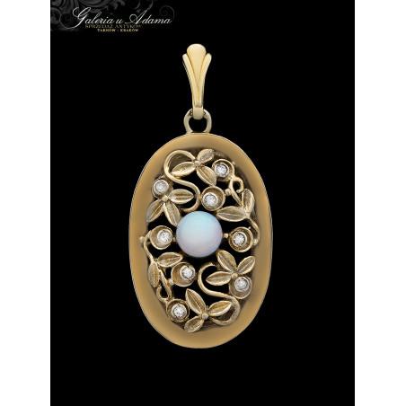 Wisior ze srebra-złoconego wysadzany brylantami-0,12 karata i opalem-Piękna praca jubilerska !!