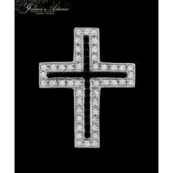 Krzyżyk z białego złota-18...
