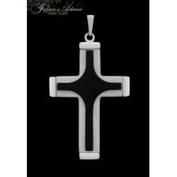 Krzyż z biało-czarnego...